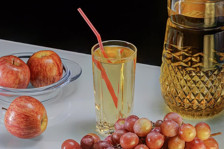 grape-juice-grapes-apple-tasty-appetizing-three-apples-white-black-background-red-grapes-food